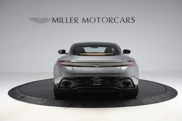 Used 2017 Aston Martin DB11 V12 Coupe for sale $134,900 at Alfa Romeo of Greenwich in Greenwich CT 06830 5