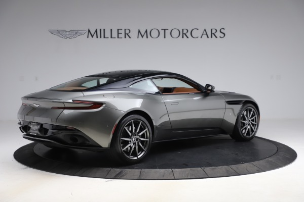 Used 2017 Aston Martin DB11 V12 Coupe for sale $134,900 at Alfa Romeo of Greenwich in Greenwich CT 06830 7