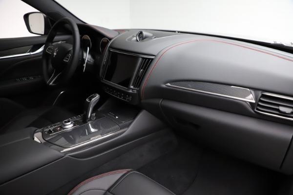 New 2021 Maserati Levante Q4 GranSport for sale $94,985 at Alfa Romeo of Greenwich in Greenwich CT 06830 21