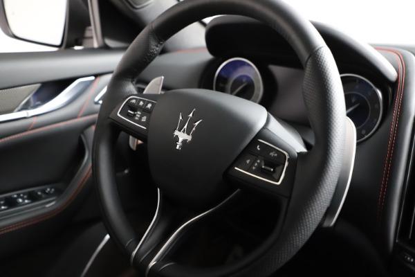 New 2021 Maserati Levante Q4 GranSport for sale $94,985 at Alfa Romeo of Greenwich in Greenwich CT 06830 24