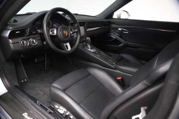 Used 2019 Porsche 911 Turbo S for sale $177,900 at Alfa Romeo of Greenwich in Greenwich CT 06830 16