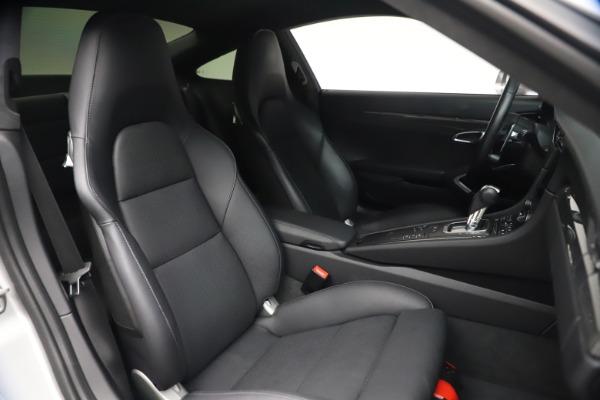 Used 2019 Porsche 911 Turbo S for sale $177,900 at Alfa Romeo of Greenwich in Greenwich CT 06830 24