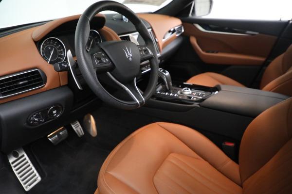 New 2021 Maserati Levante Q4 for sale $85,625 at Alfa Romeo of Greenwich in Greenwich CT 06830 14