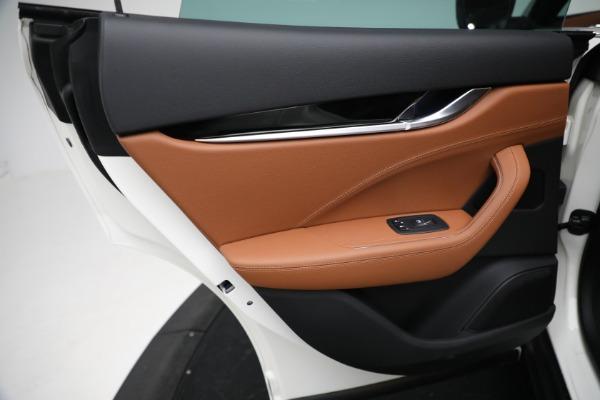 New 2021 Maserati Levante Q4 for sale $85,625 at Alfa Romeo of Greenwich in Greenwich CT 06830 21
