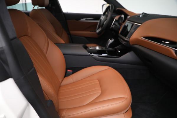 New 2021 Maserati Levante Q4 for sale $85,625 at Alfa Romeo of Greenwich in Greenwich CT 06830 23