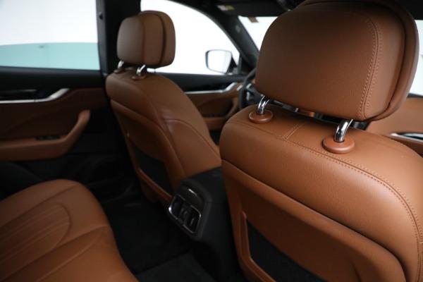 New 2021 Maserati Levante Q4 for sale $85,625 at Alfa Romeo of Greenwich in Greenwich CT 06830 25