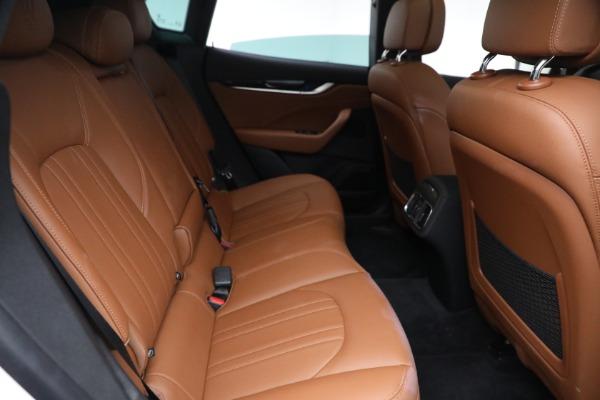 New 2021 Maserati Levante Q4 for sale $85,625 at Alfa Romeo of Greenwich in Greenwich CT 06830 26