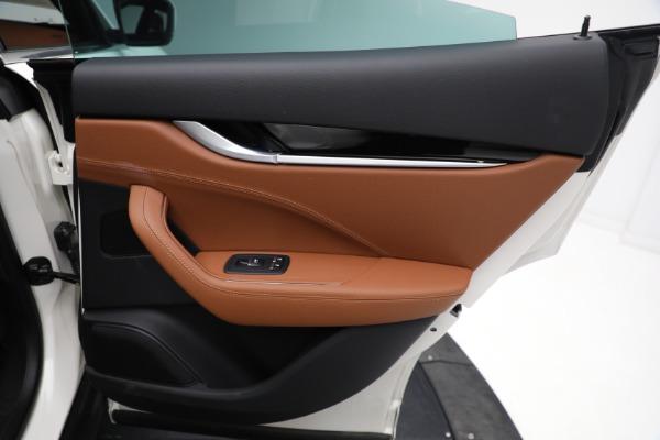 New 2021 Maserati Levante Q4 for sale $85,625 at Alfa Romeo of Greenwich in Greenwich CT 06830 28