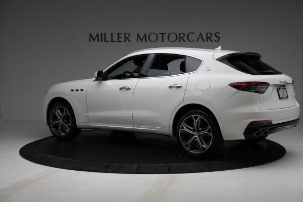 New 2021 Maserati Levante Q4 for sale $85,625 at Alfa Romeo of Greenwich in Greenwich CT 06830 4