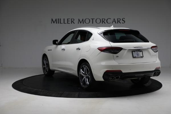 New 2021 Maserati Levante Q4 for sale $85,625 at Alfa Romeo of Greenwich in Greenwich CT 06830 6