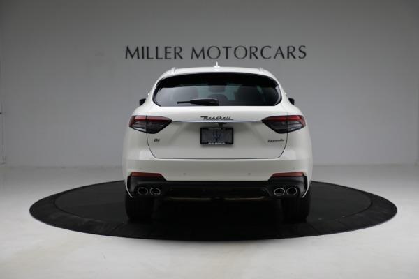 New 2021 Maserati Levante Q4 for sale $85,625 at Alfa Romeo of Greenwich in Greenwich CT 06830 7