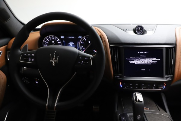New 2021 Maserati Levante S Q4 GranSport for sale $100,185 at Alfa Romeo of Greenwich in Greenwich CT 06830 16