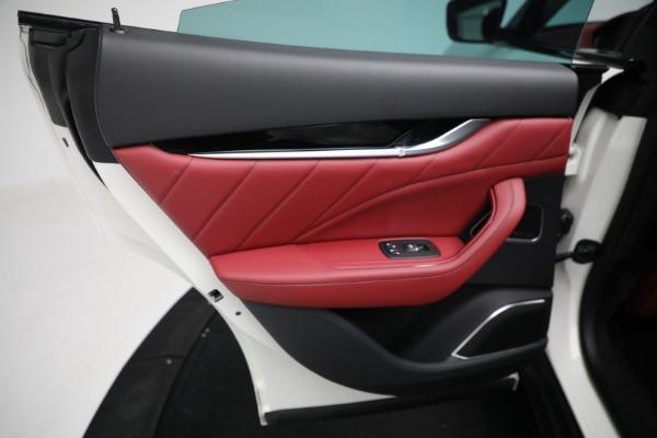 New 2021 Maserati Levante Q4 for sale $76,769 at Alfa Romeo of Greenwich in Greenwich CT 06830 18