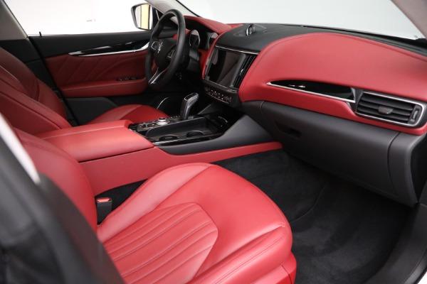 New 2021 Maserati Levante Q4 for sale $76,769 at Alfa Romeo of Greenwich in Greenwich CT 06830 19