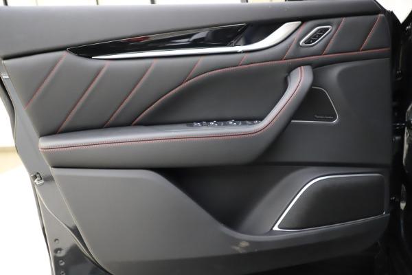 New 2021 Maserati Levante Q4 GranSport for sale $92,485 at Alfa Romeo of Greenwich in Greenwich CT 06830 17