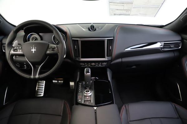 New 2021 Maserati Levante Q4 GranSport for sale $92,485 at Alfa Romeo of Greenwich in Greenwich CT 06830 25