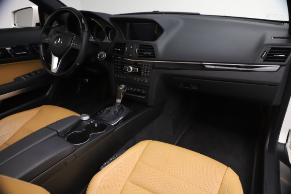 Used 2012 Mercedes-Benz E-Class E 550 for sale $29,990 at Alfa Romeo of Greenwich in Greenwich CT 06830 27