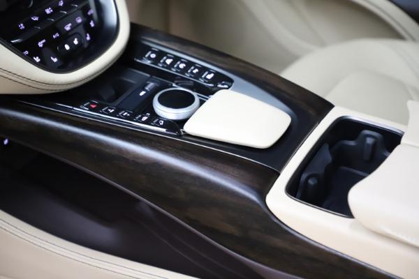 New 2021 Aston Martin DBX for sale $215,386 at Alfa Romeo of Greenwich in Greenwich CT 06830 18