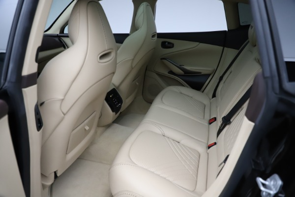 New 2021 Aston Martin DBX for sale $215,386 at Alfa Romeo of Greenwich in Greenwich CT 06830 19