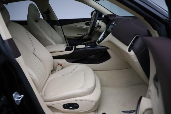 New 2021 Aston Martin DBX for sale $215,386 at Alfa Romeo of Greenwich in Greenwich CT 06830 23