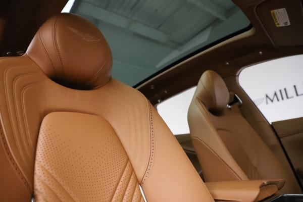 New 2021 Aston Martin DBX SUV for sale $221,386 at Alfa Romeo of Greenwich in Greenwich CT 06830 21