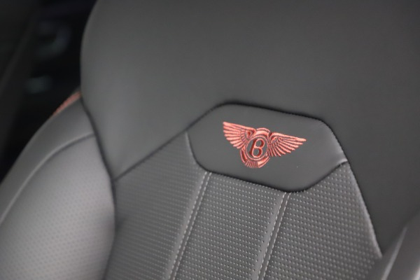 New 2021 Bentley Bentayga V8 for sale $213,720 at Alfa Romeo of Greenwich in Greenwich CT 06830 22