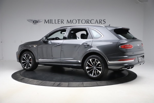 New 2021 Bentley Bentayga V8 for sale $213,720 at Alfa Romeo of Greenwich in Greenwich CT 06830 4
