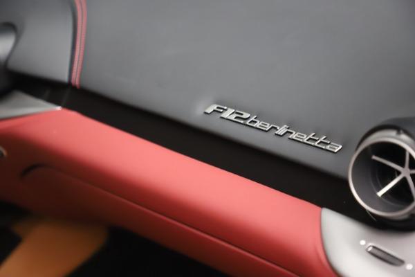 Used 2017 Ferrari F12 Berlinetta for sale $269,900 at Alfa Romeo of Greenwich in Greenwich CT 06830 25