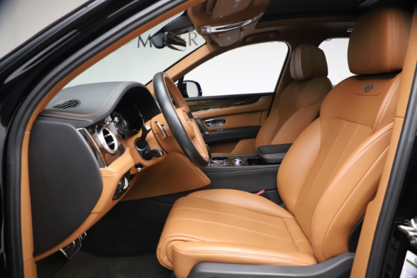Used 2018 Bentley Bentayga Onyx Edition for sale $147,900 at Alfa Romeo of Greenwich in Greenwich CT 06830 13