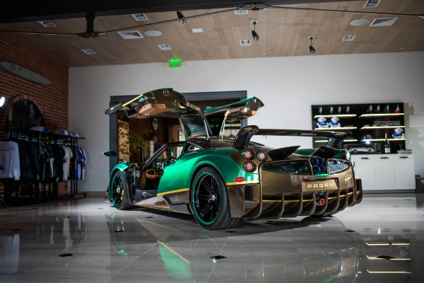 Used 2017 Pagani Huayra BC for sale Call for price at Alfa Romeo of Greenwich in Greenwich CT 06830 2