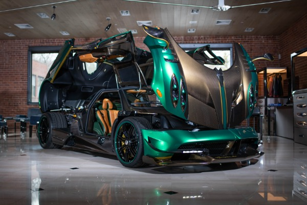 Used 2017 Pagani Huayra BC for sale Call for price at Alfa Romeo of Greenwich in Greenwich CT 06830 3