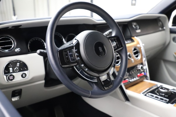 Used 2019 Rolls-Royce Cullinan for sale $349,900 at Alfa Romeo of Greenwich in Greenwich CT 06830 13