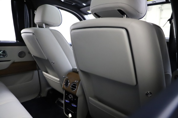 Used 2019 Rolls-Royce Cullinan for sale $349,900 at Alfa Romeo of Greenwich in Greenwich CT 06830 20