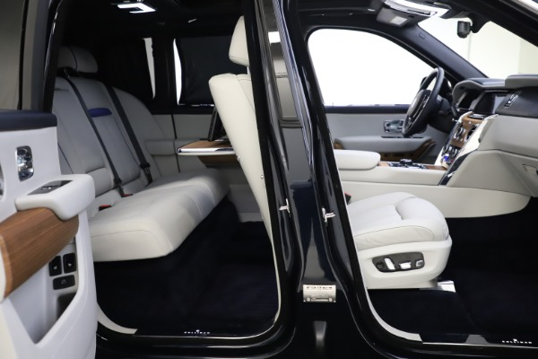 Used 2019 Rolls-Royce Cullinan for sale $349,900 at Alfa Romeo of Greenwich in Greenwich CT 06830 23