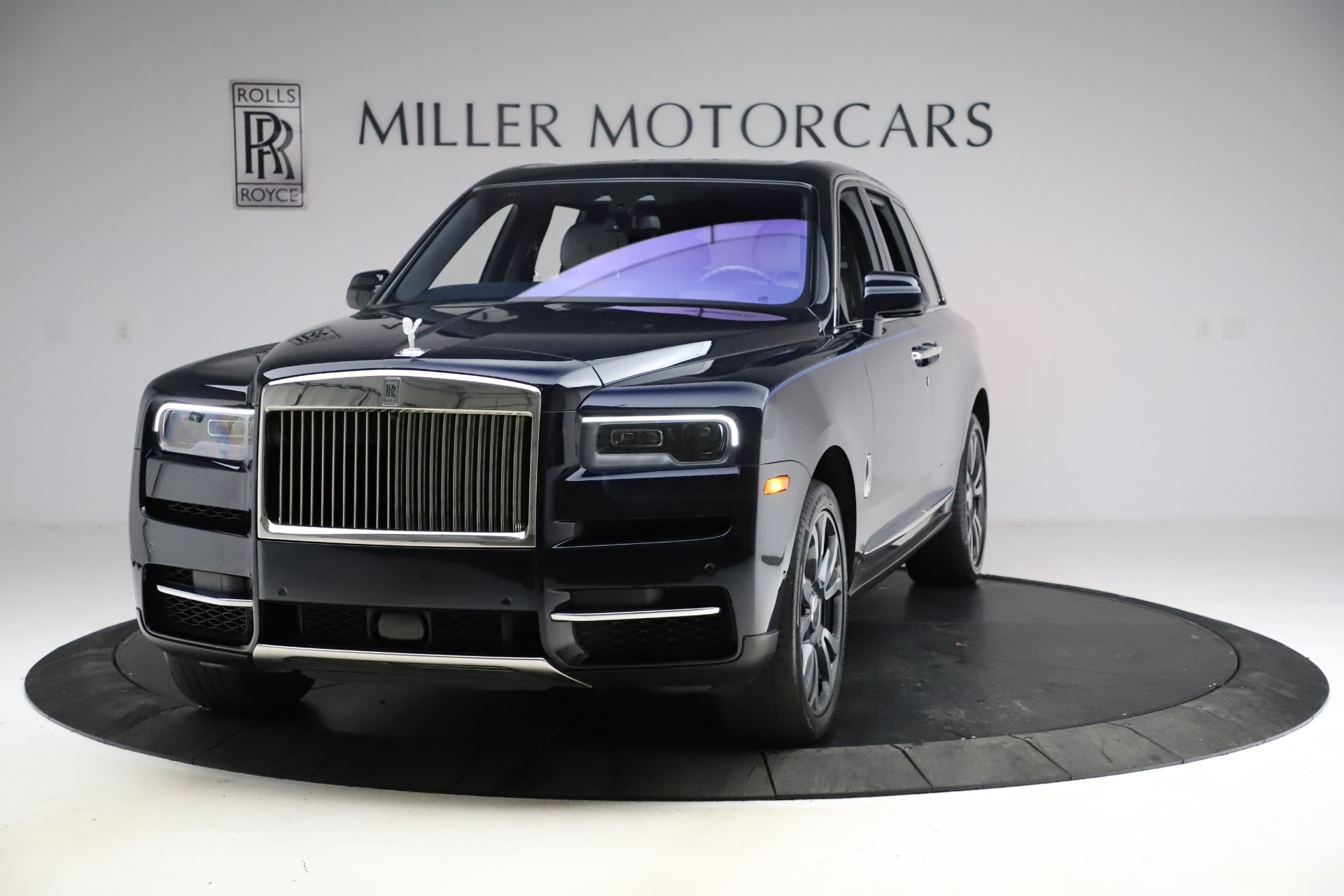 Used 2019 Rolls-Royce Cullinan for sale $349,900 at Alfa Romeo of Greenwich in Greenwich CT 06830 1