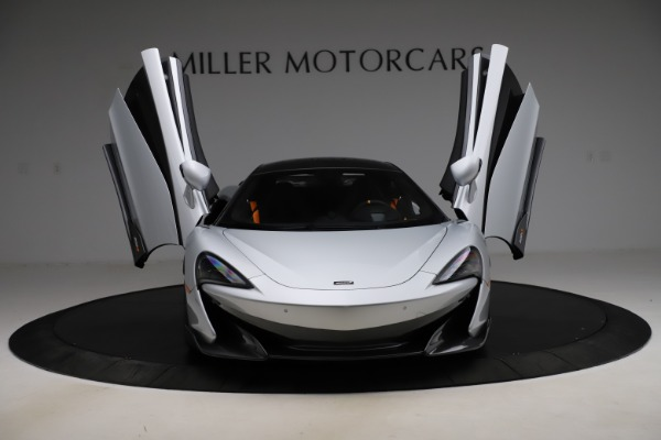 Used 2019 McLaren 600LT for sale $223,900 at Alfa Romeo of Greenwich in Greenwich CT 06830 12