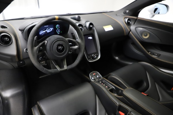 Used 2019 McLaren 600LT for sale $223,900 at Alfa Romeo of Greenwich in Greenwich CT 06830 13