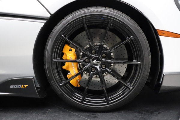 Used 2019 McLaren 600LT for sale $223,900 at Alfa Romeo of Greenwich in Greenwich CT 06830 26