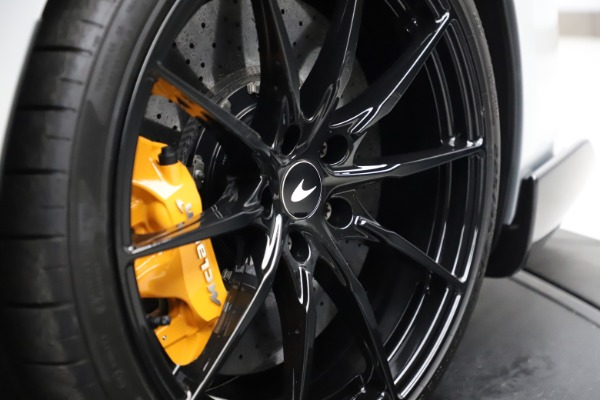 Used 2019 McLaren 600LT for sale $223,900 at Alfa Romeo of Greenwich in Greenwich CT 06830 27