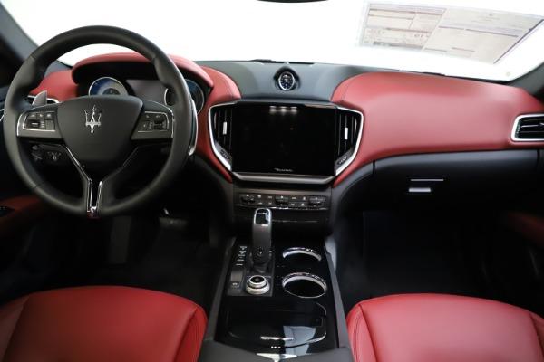 New 2021 Maserati Ghibli S Q4 GranLusso for sale Sold at Alfa Romeo of Greenwich in Greenwich CT 06830 28