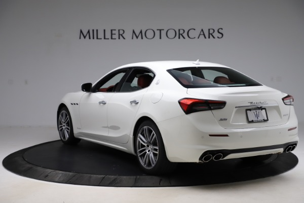 New 2021 Maserati Ghibli S Q4 GranLusso for sale $95,835 at Alfa Romeo of Greenwich in Greenwich CT 06830 5