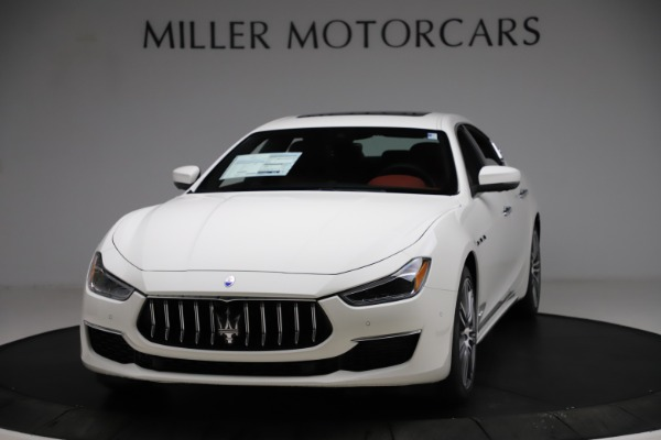New 2021 Maserati Ghibli S Q4 GranLusso for sale $95,835 at Alfa Romeo of Greenwich in Greenwich CT 06830 1