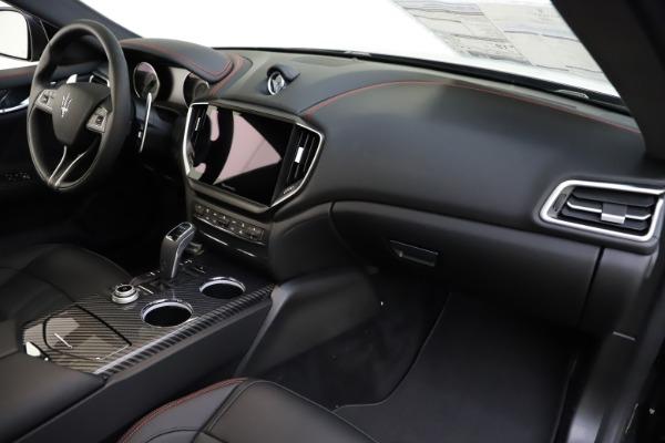 New 2021 Maserati Ghibli S Q4 GranSport for sale $98,035 at Alfa Romeo of Greenwich in Greenwich CT 06830 25