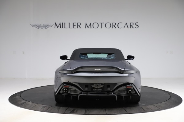 New 2021 Aston Martin Vantage Roadster Convertible for sale Sold at Alfa Romeo of Greenwich in Greenwich CT 06830 16