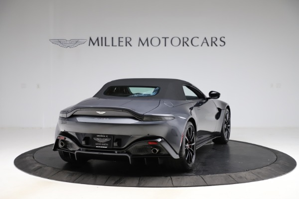 New 2021 Aston Martin Vantage Roadster Convertible for sale Sold at Alfa Romeo of Greenwich in Greenwich CT 06830 17