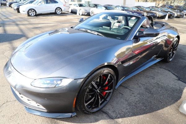 New 2021 Aston Martin Vantage Roadster Convertible for sale Sold at Alfa Romeo of Greenwich in Greenwich CT 06830 28