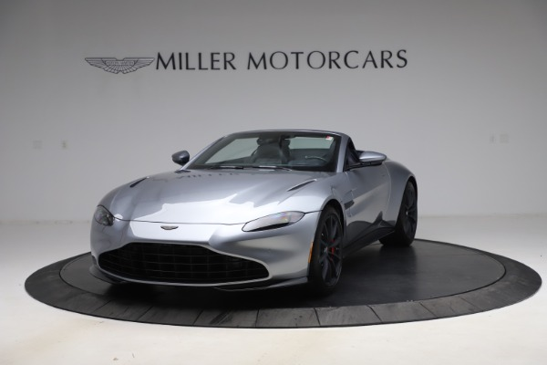 New 2021 Aston Martin Vantage Roadster Convertible for sale Sold at Alfa Romeo of Greenwich in Greenwich CT 06830 13