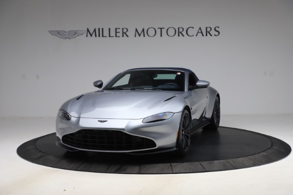 New 2021 Aston Martin Vantage Roadster Convertible for sale Sold at Alfa Romeo of Greenwich in Greenwich CT 06830 14
