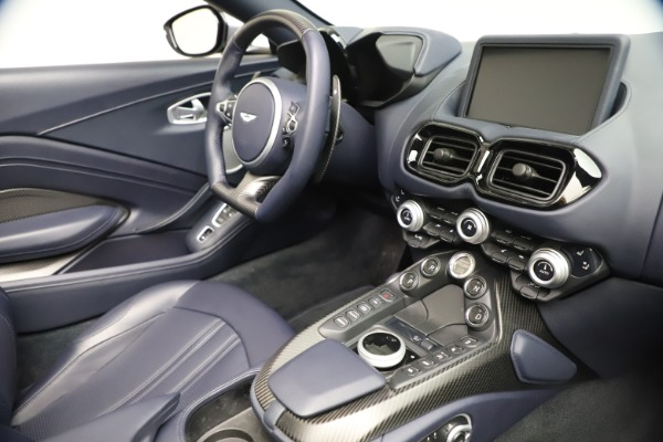 New 2021 Aston Martin Vantage Roadster Convertible for sale Sold at Alfa Romeo of Greenwich in Greenwich CT 06830 25