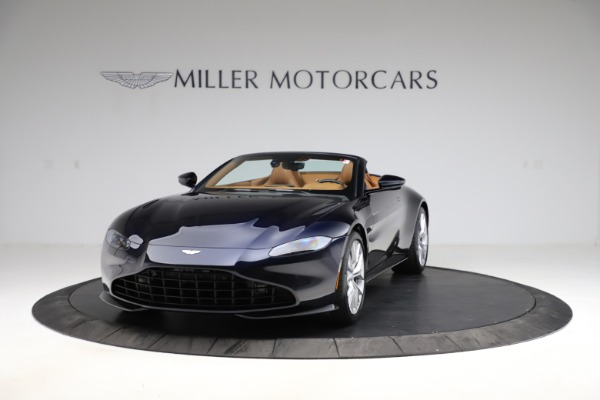 New 2021 Aston Martin Vantage Roadster Convertible for sale $205,686 at Alfa Romeo of Greenwich in Greenwich CT 06830 12